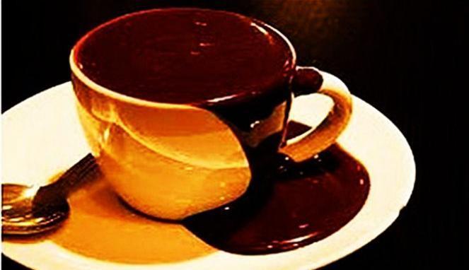 Meningmati Hot Chocolate Menggunakan Cangkir Orange