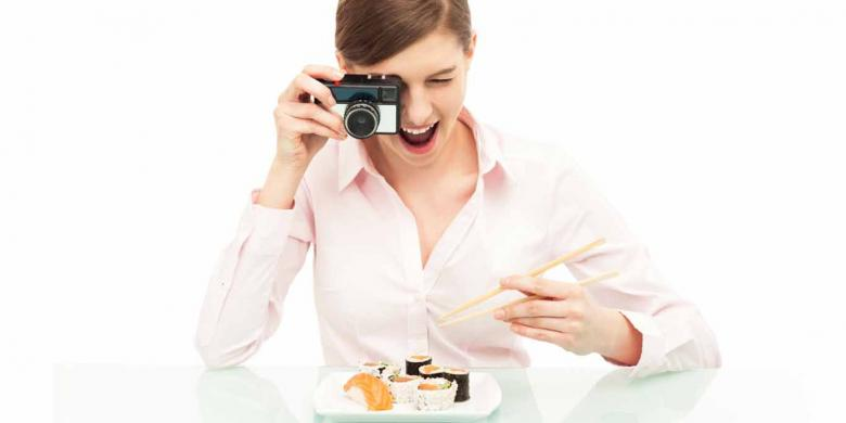 Ingin Makanan Terasa Lezat? Foto Dulu sebelum Disantap